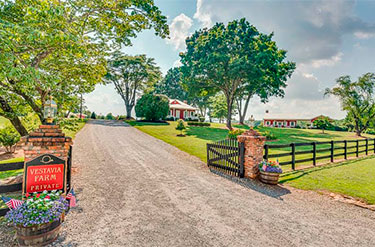 Tryon NC, horse farm for sale